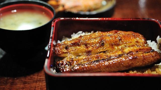 【阿信屋新搞作】搞鰻魚飯專門店、舊式糖水舖